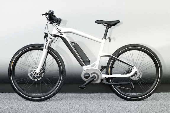 BMW Cruise e-Bike Reason To Park Your 3 Series? | Electric Bike Action