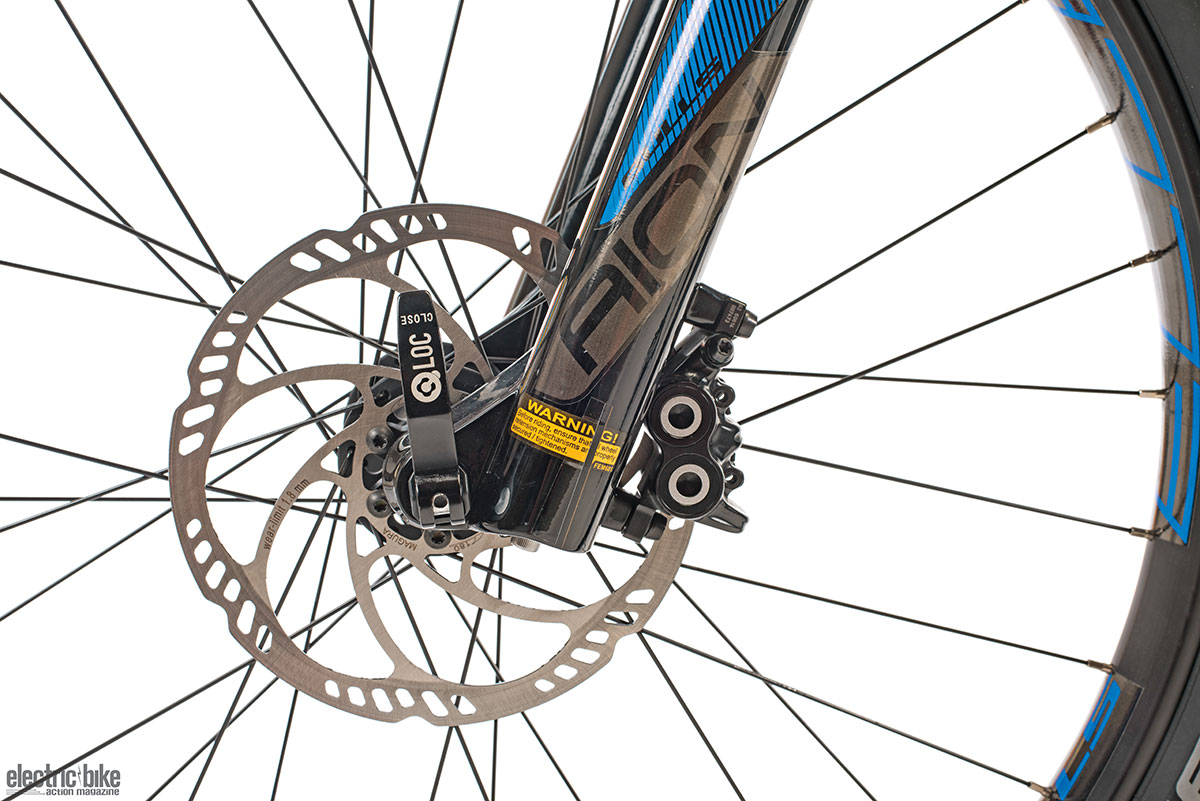 Shimano hydraulic brakes with big 180mm discs are very powerful and very easy to modulate.