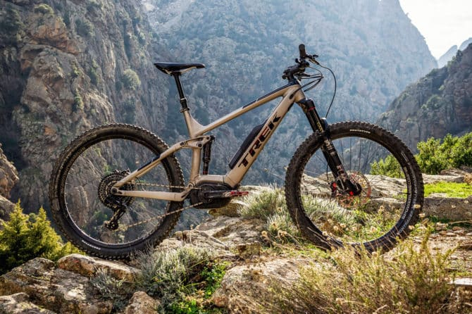 2018 Trek Powerfly electric mountain bike preview